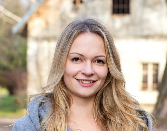 Irina Sadnikar